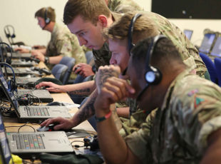 Soldiers use Simulation to Spearhead Javelin Training